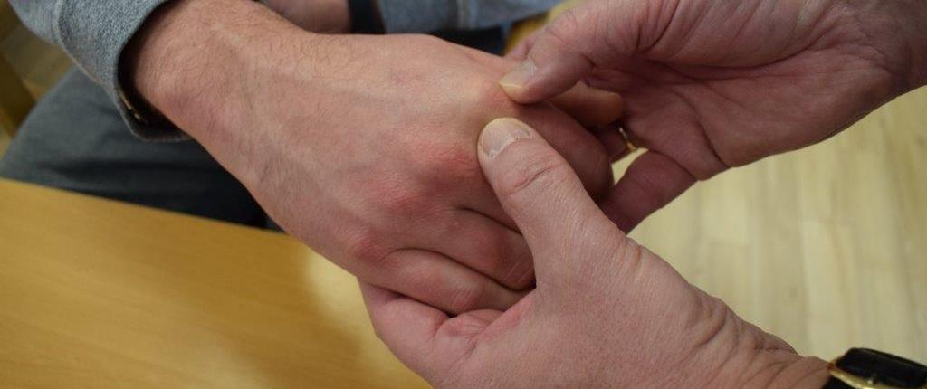 eine umfassende DIagnose ist die Grundlage zur Rheuma Therapie